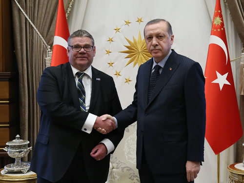 Finnish FM Soini at the Presidential Complex